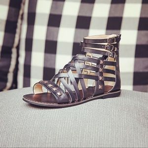 NIB Woven Studded Gladiator Caged Chic Sandals